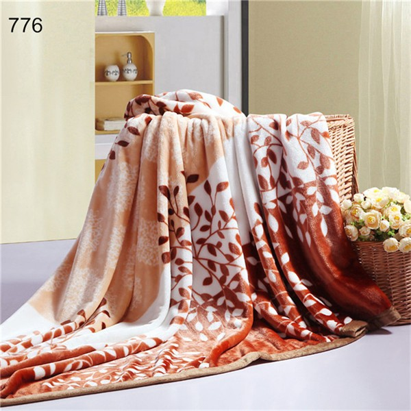 Super Soft Printed Plaid Fleece Blankets