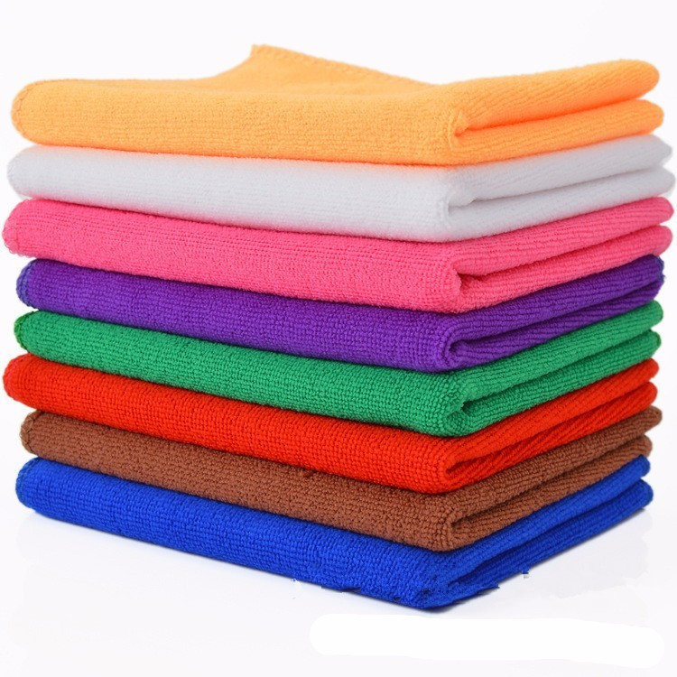 Red Microfiber Bath Towels: Microfiber Fabric Durable Towels Creative India Exports