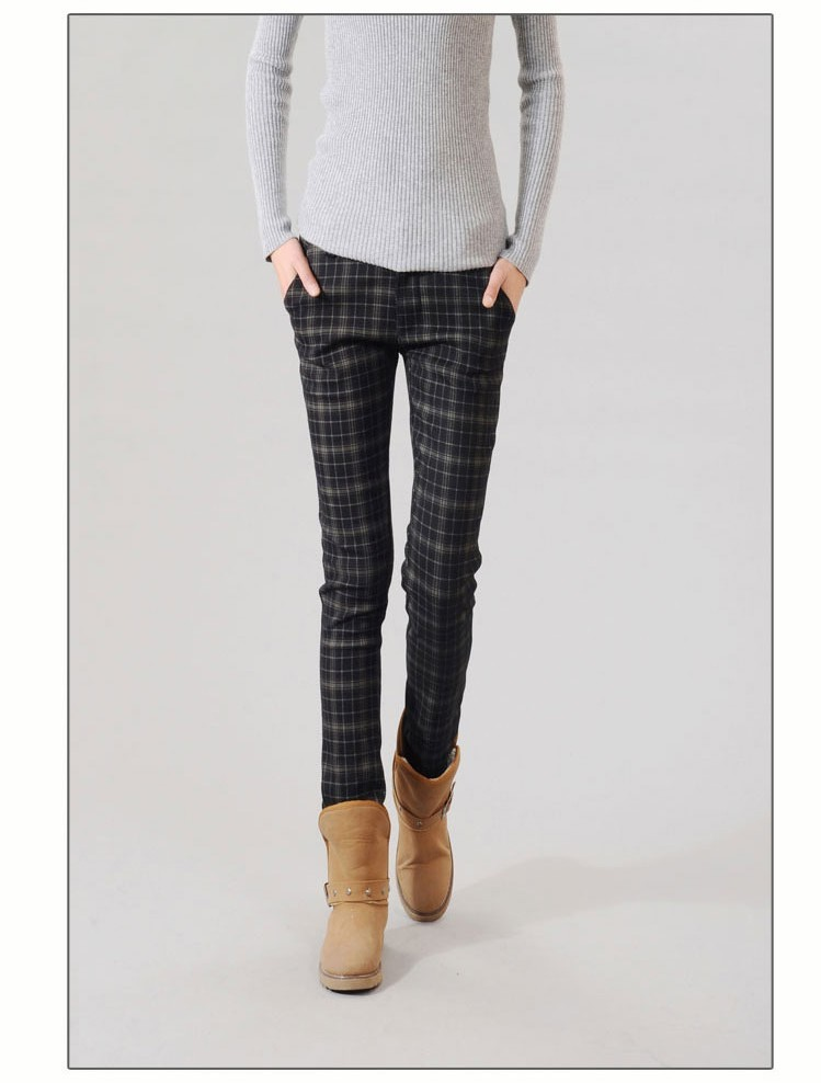 Womens Plaid Casual Trousers Creative India Exports