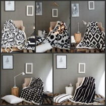 Black And White Flannel Blankets -1