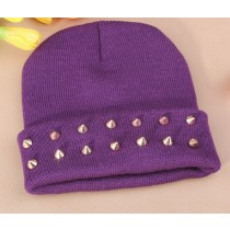 Women Knitted Plastic Rivets Pattern Beanies